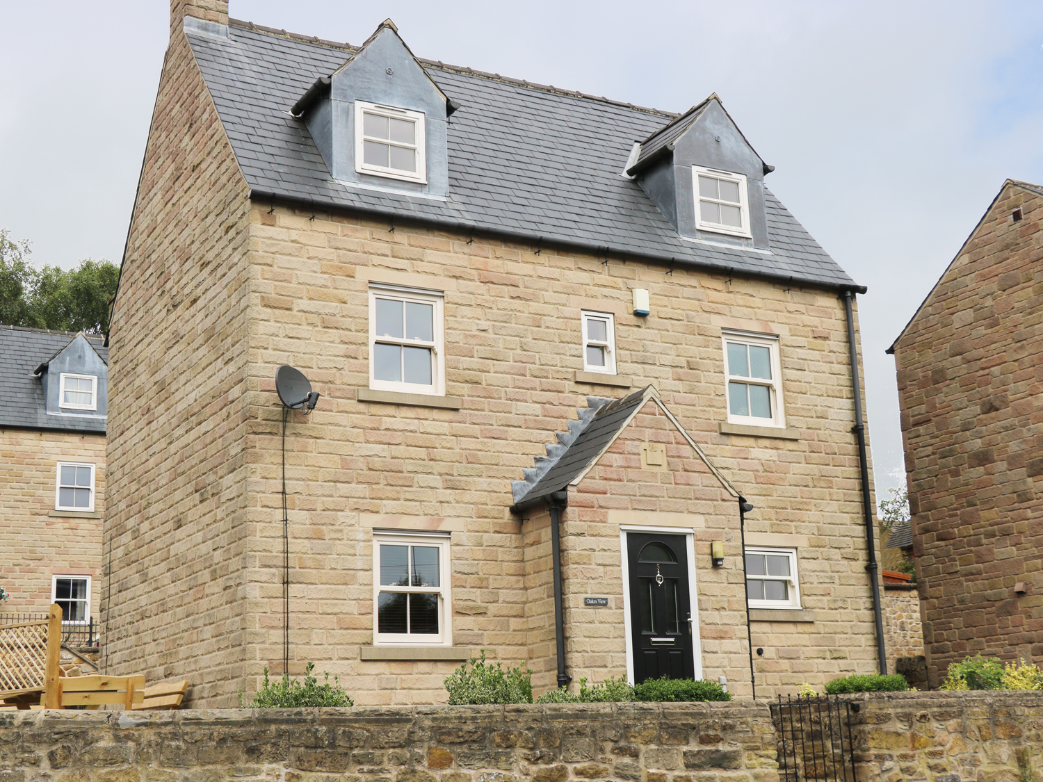 4 bedroom Cottage for rent in Matlock