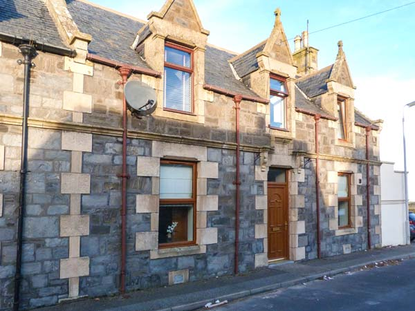 3 bedroom Cottage for rent in Portessie