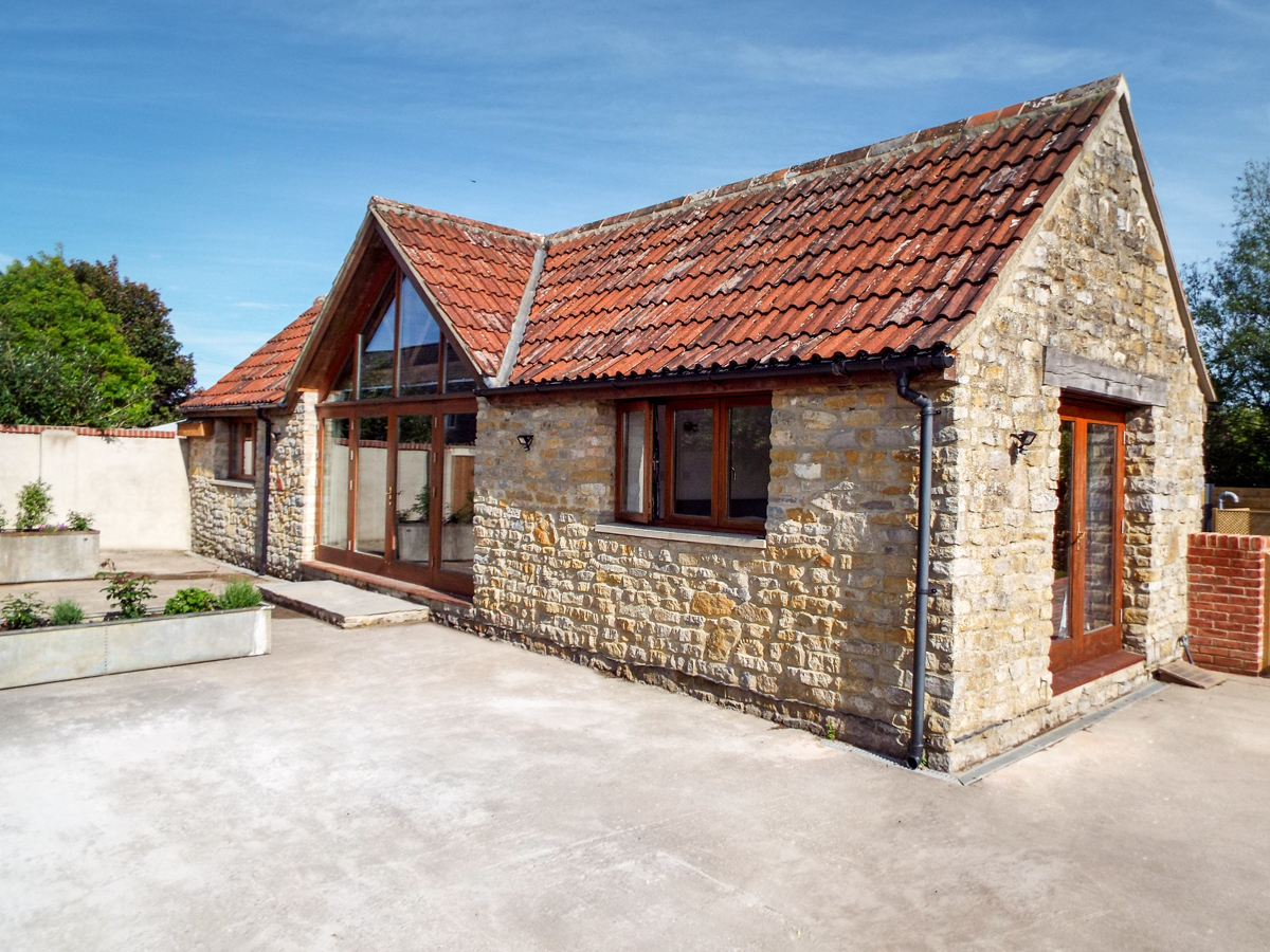 3 bedroom Cottage for rent in Shepton Mallet