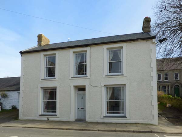3 bedroom Cottage for rent in St David's