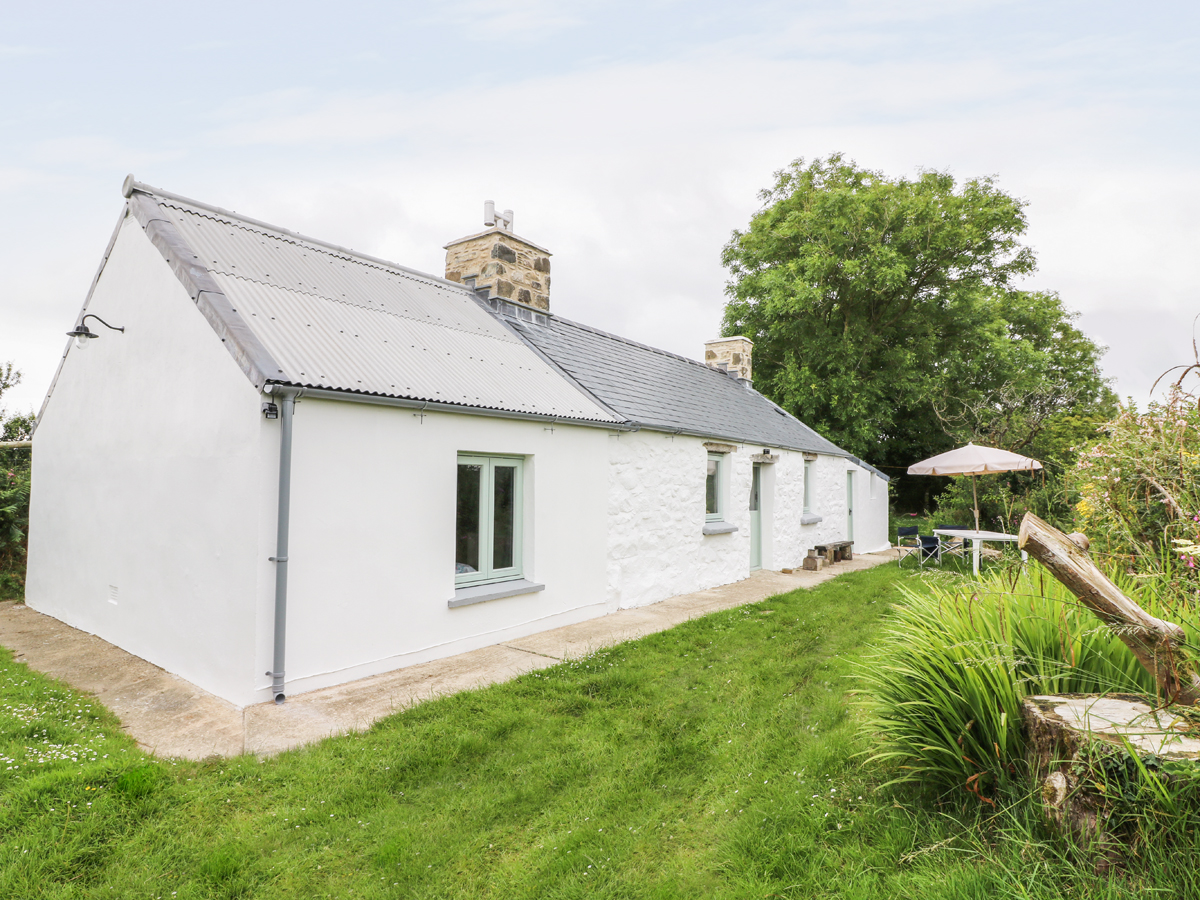 2 bedroom Cottage for rent in Goodwick