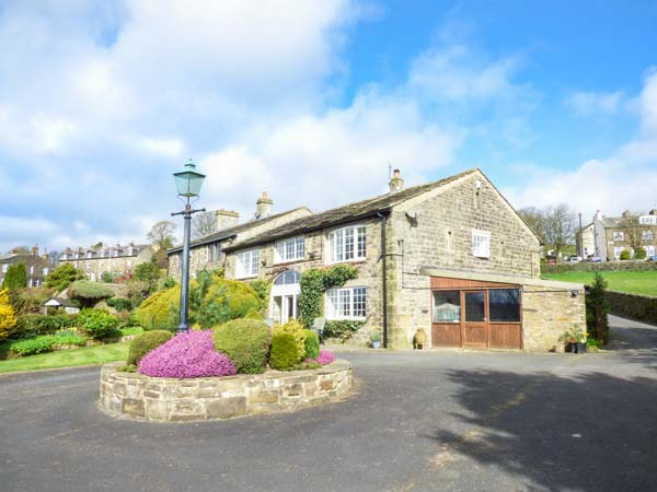 3 bedroom Cottage for rent in Keighley