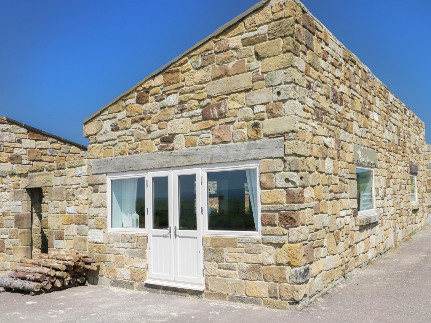 Field Cottage In Staithes This Elegant Detached Cottage