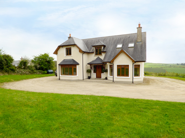 5 bedroom Cottage for rent in Gorey