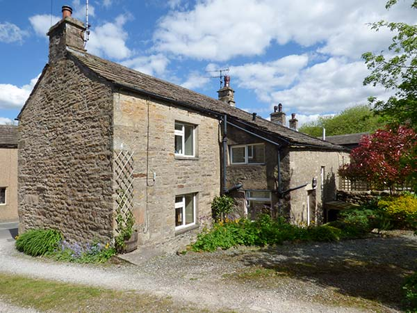 3 bedroom Cottage for rent in Lancaster
