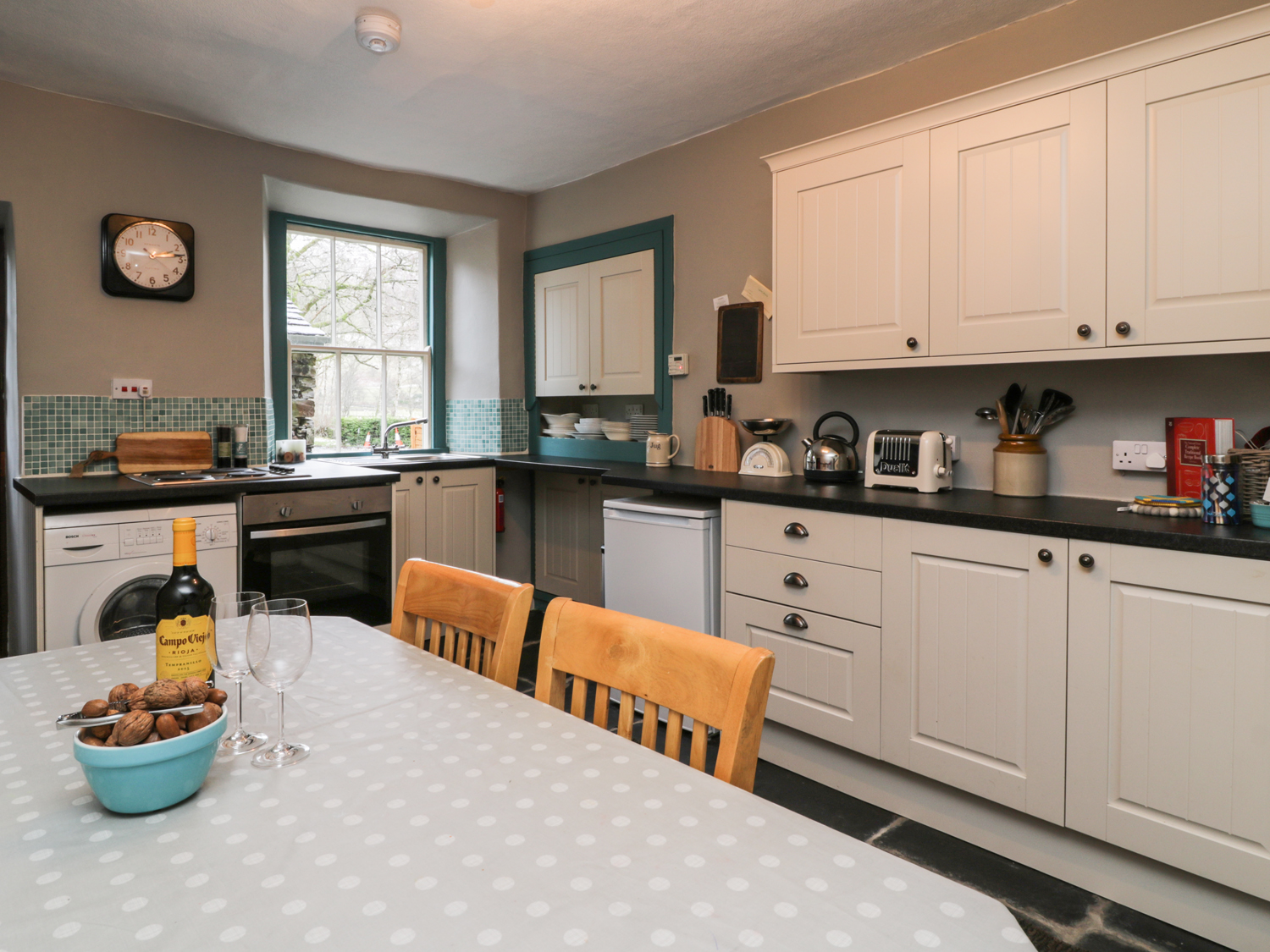 1 Field Foot Cottage