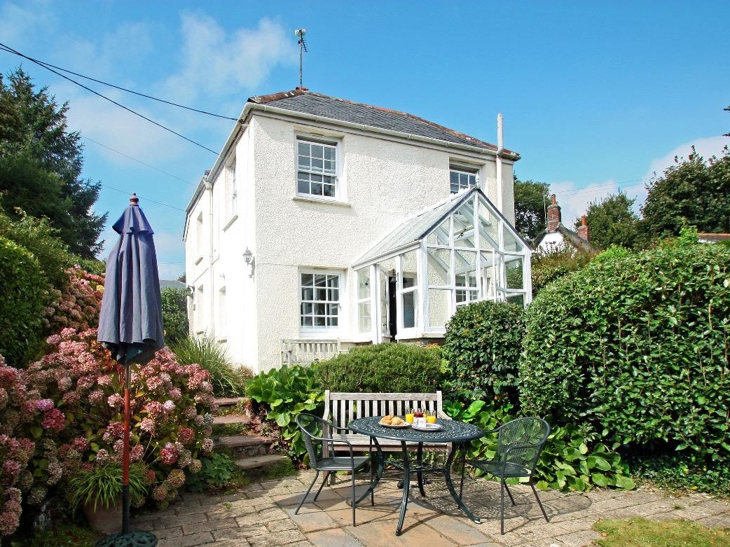 2 bedroom Cottage for rent in Falmouth
