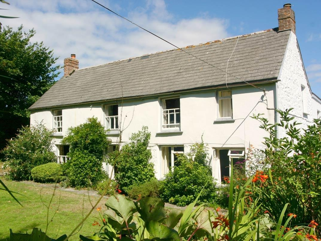5 bedroom Cottage for rent in Falmouth