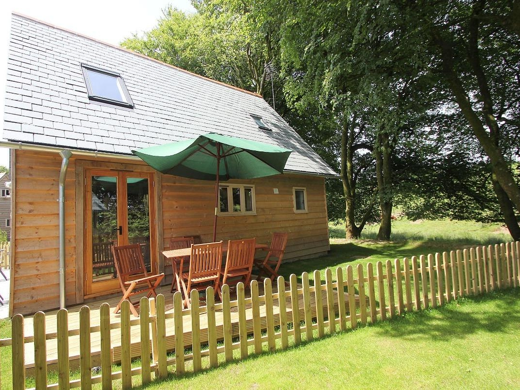 Chy An Dour In Camelford This Detached Lodge Is Near The