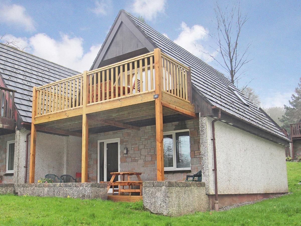 Honeycombe Lodge