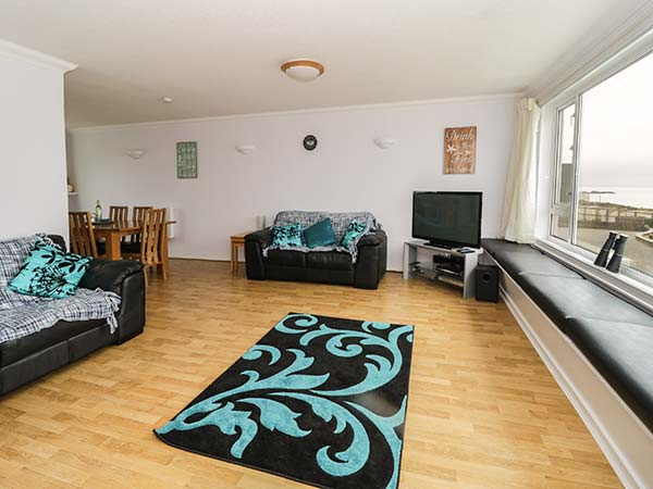 3 bedroom Cottage for rent in Rhosneigr