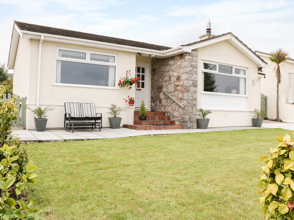3 bedroom Cottage for rent in Benllech