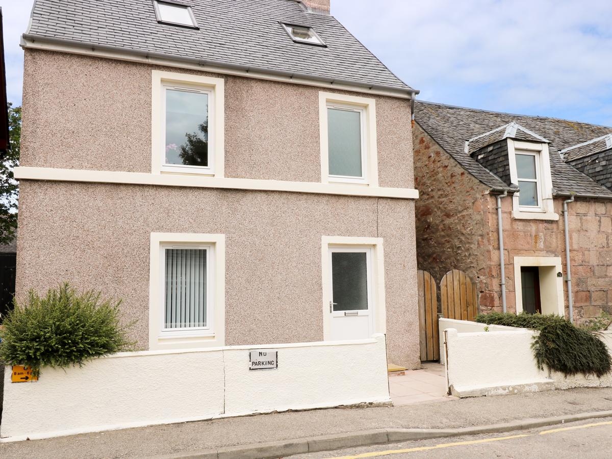 4 bedroom Cottage for rent in Inverness, Highlands