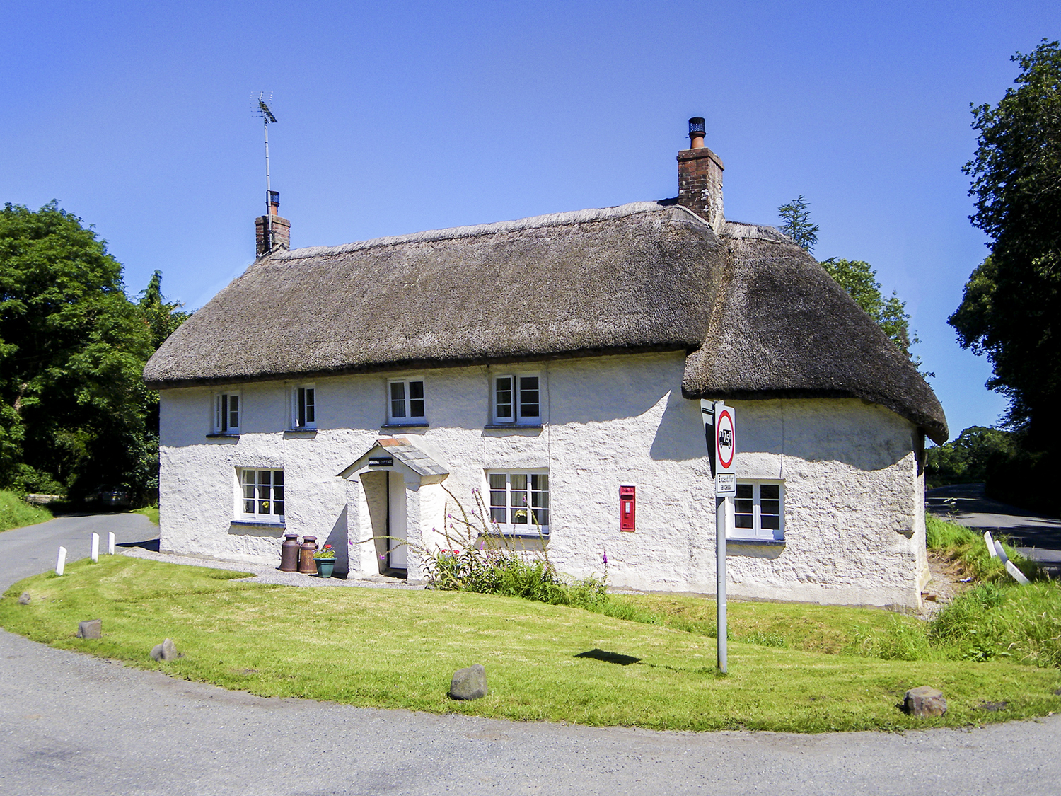 2 Priory Cottages