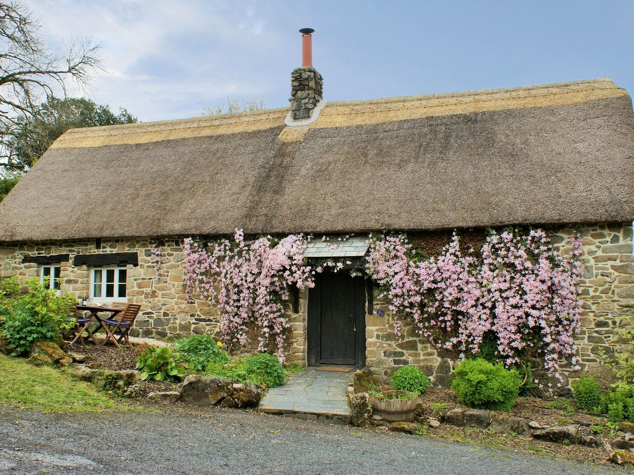 The Garden Cottage Image 0