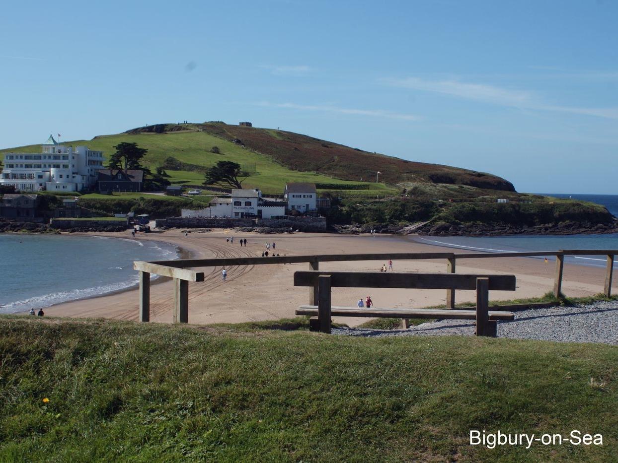 19 Burgh Island Causeway