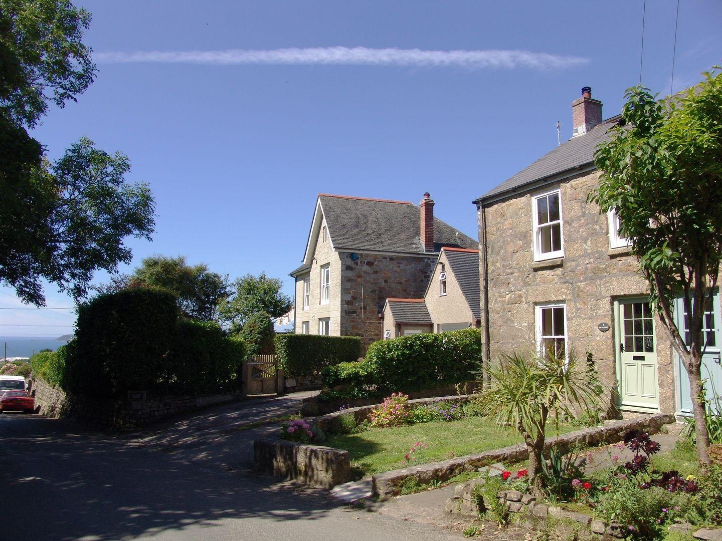 1 The Cottages