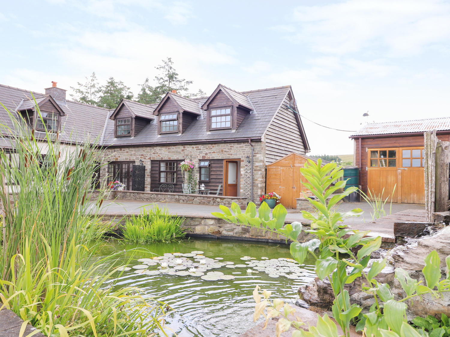 Lily Pond Cottage