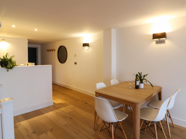 Gara Rock - Garden Apartment 6