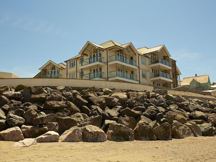 10 Thurlestone Rock