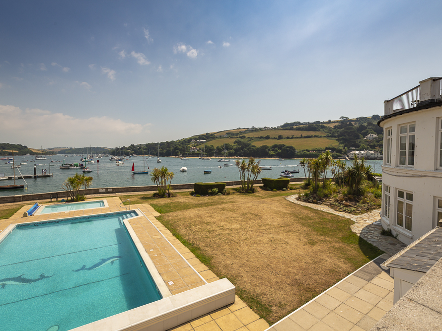 35 The Salcombe Image 3