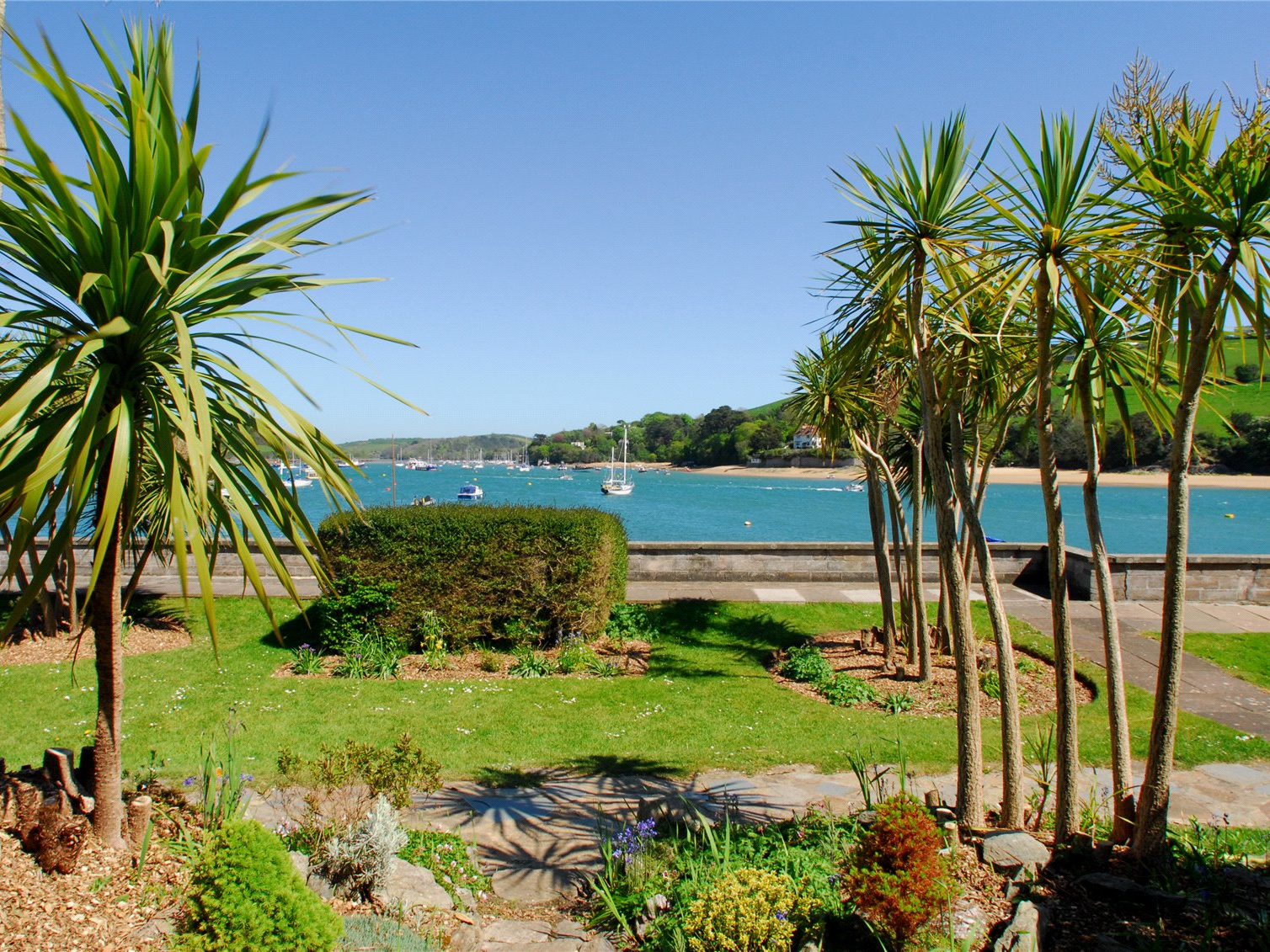 35 The Salcombe Image 8