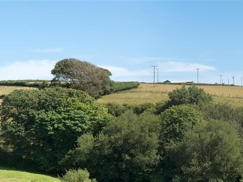 Vantage Point, Hillfield Village Image 6