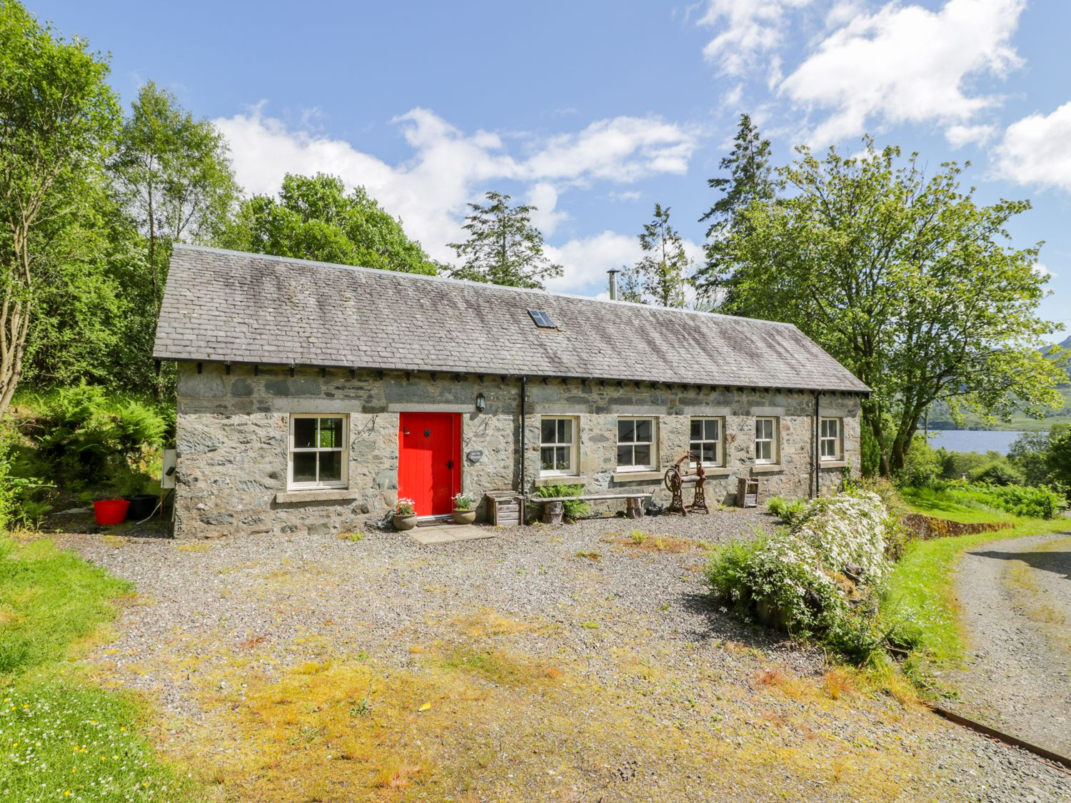 Cottage in Stirling County