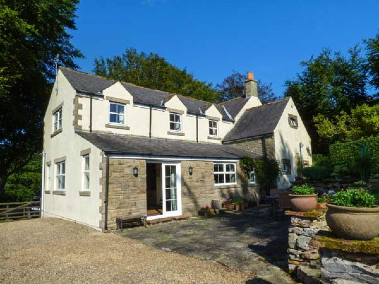 Astounding New House Brampton England Alpha Holiday Lettings Home Interior And Landscaping Eliaenasavecom