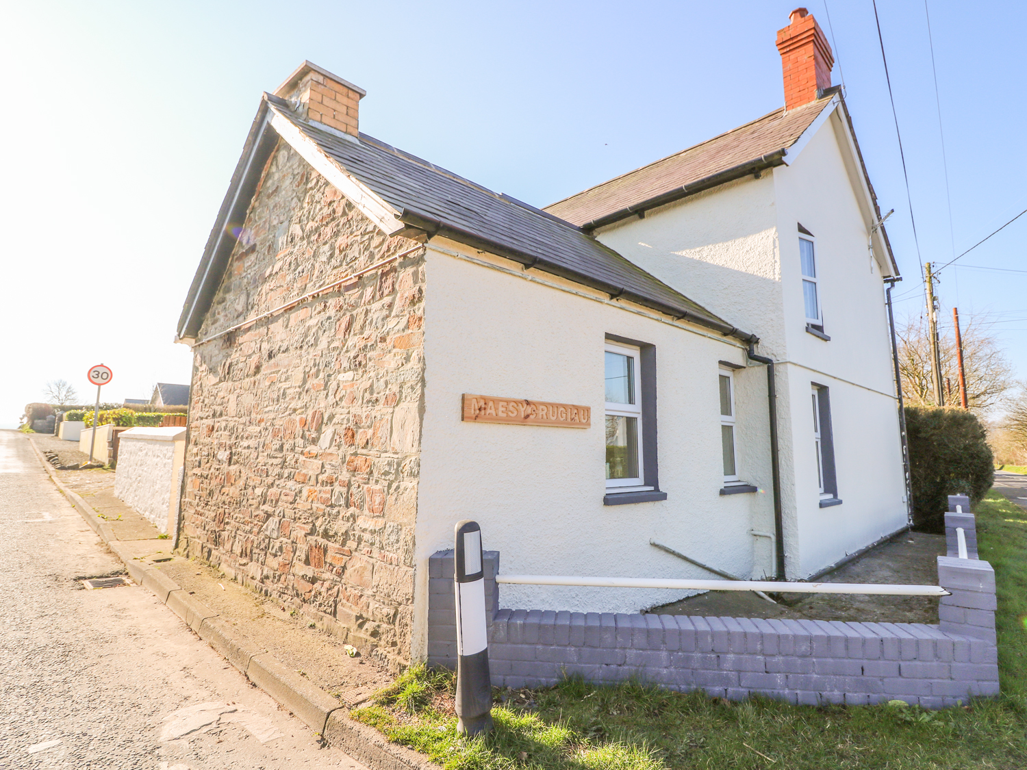 3 bedroom Cottage for rent in Llandysul