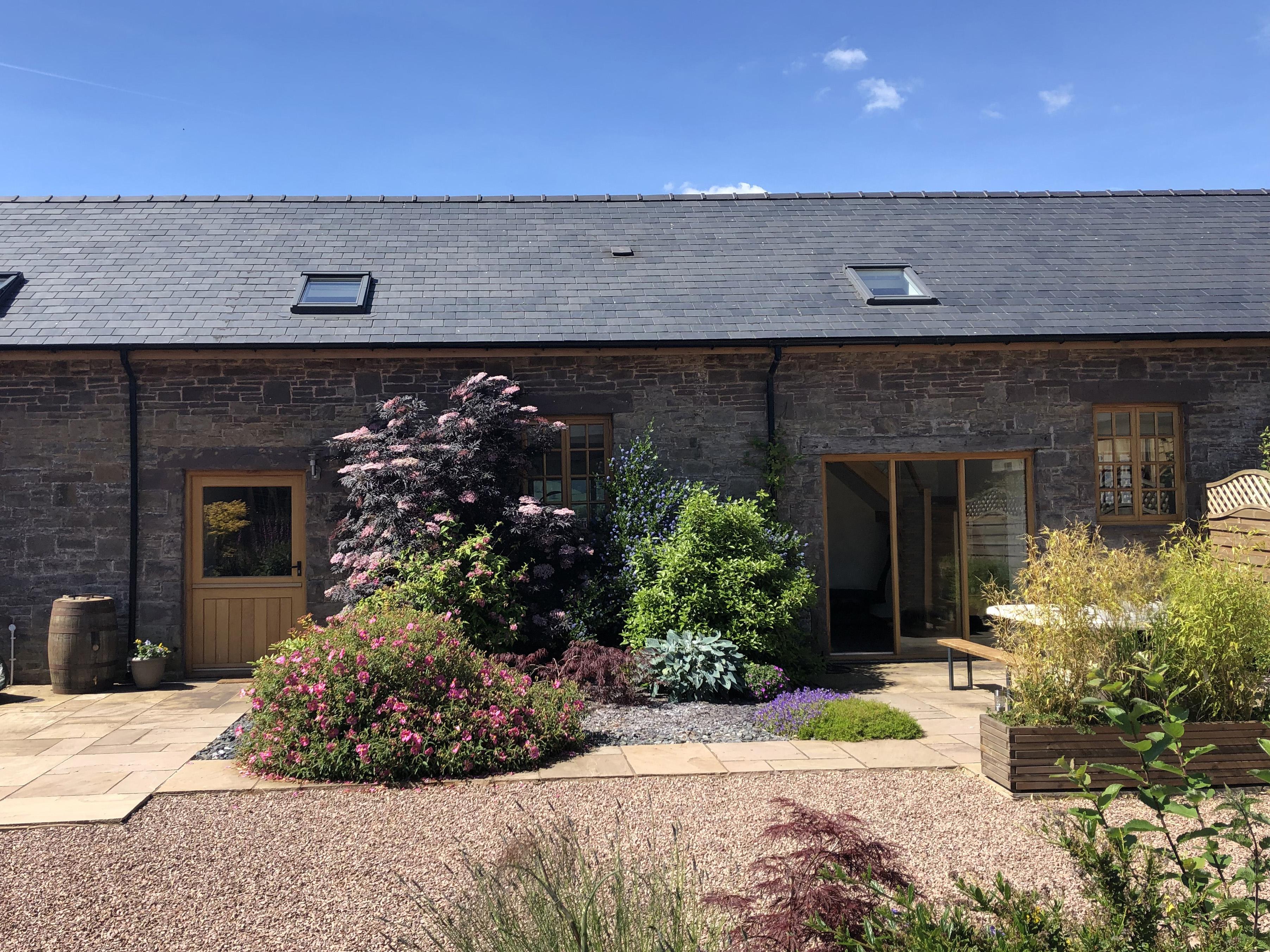 5 bedroom Cottage for rent in Crickhowell