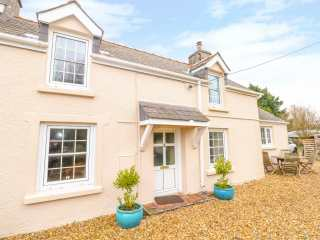 2 bedroom Cottage for rent in Tenby