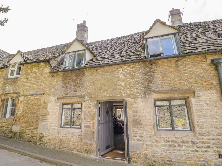1 bedroom Cottage for rent in Stroud