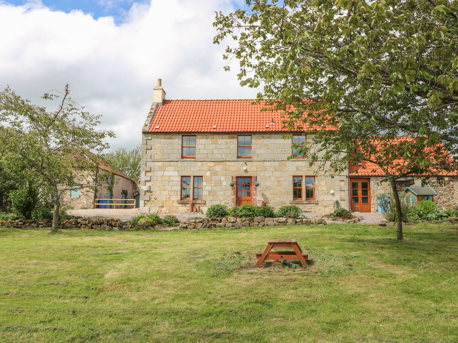 3 bedroom Cottage for rent in Earlsferry