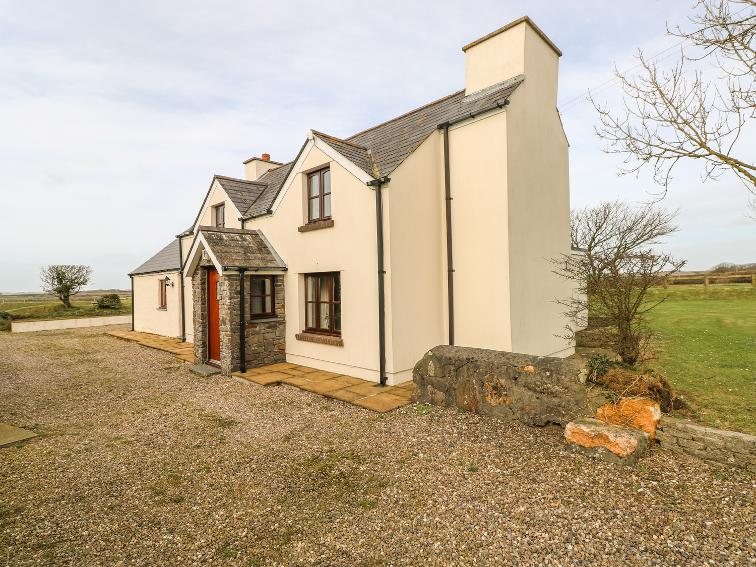 4 bedroom Cottage for rent in Solva