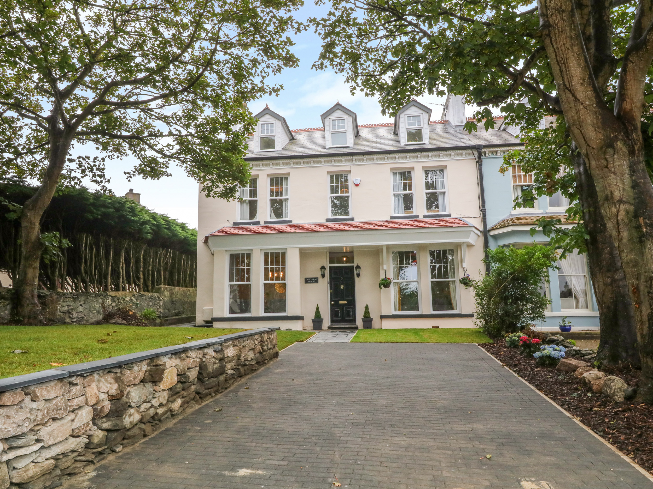 6 bedroom Cottage for rent in Holyhead