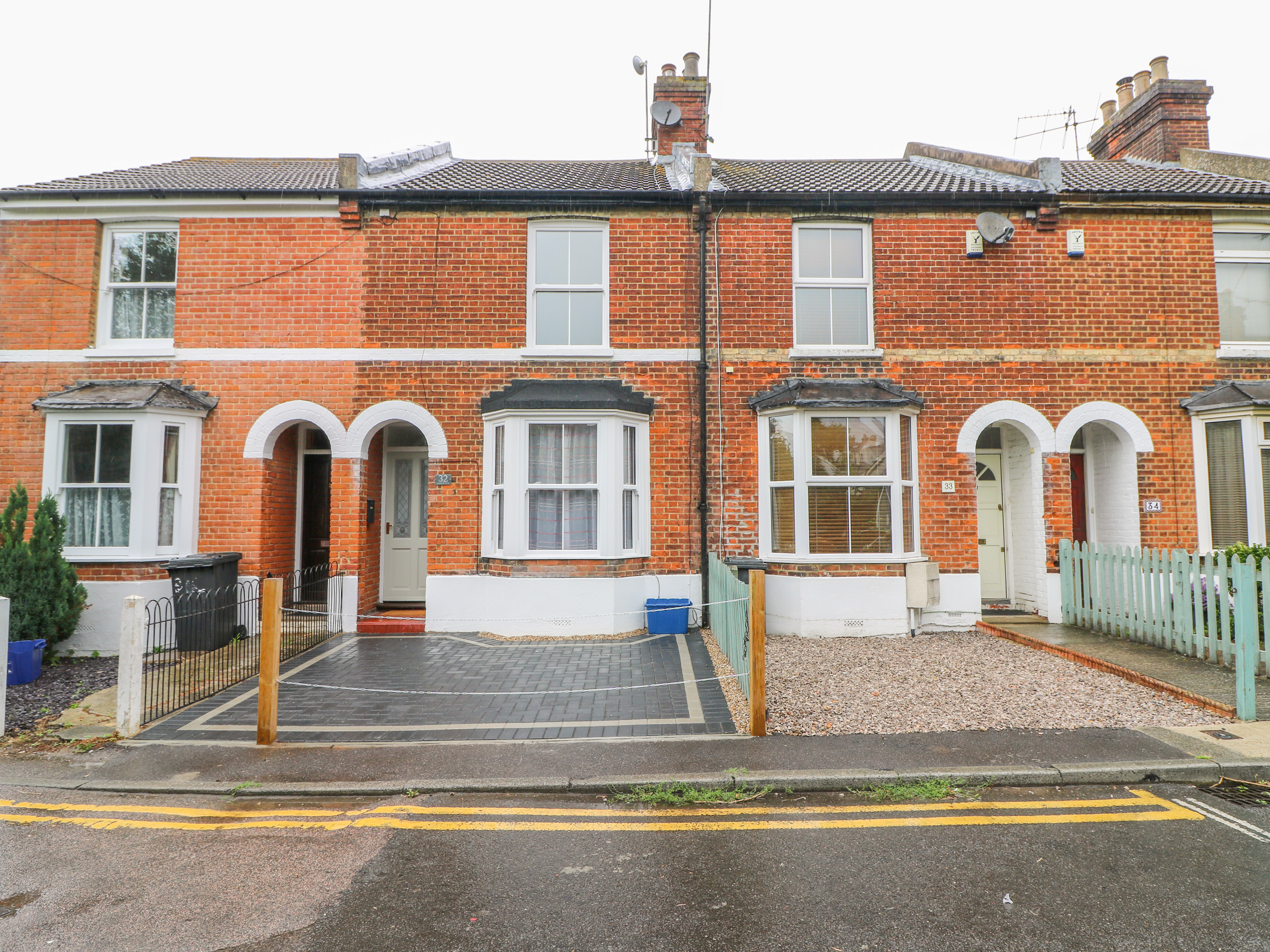 3 bedroom Cottage for rent in Canterbury