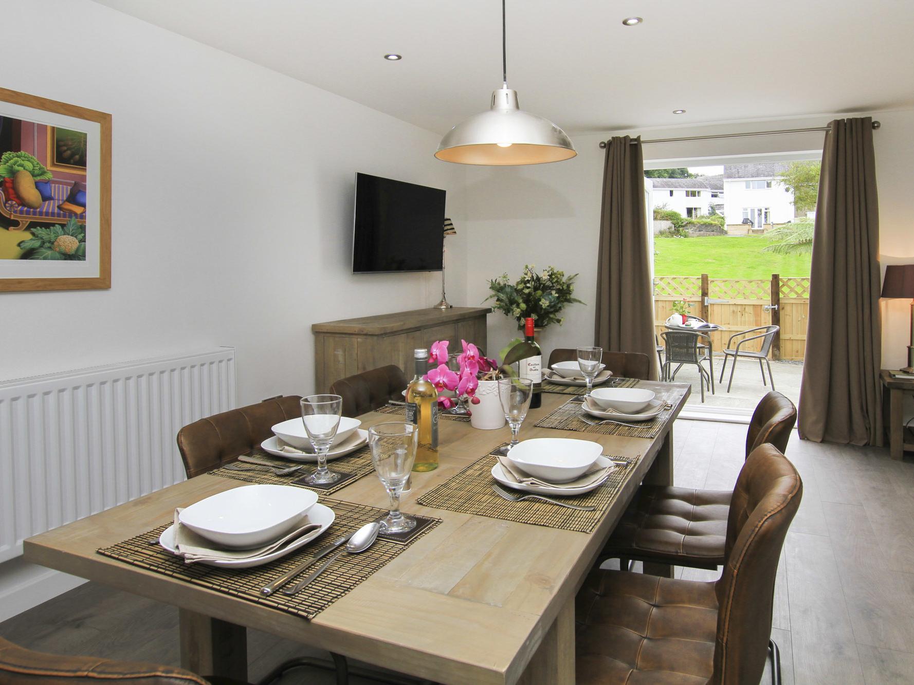 2 bedroom Cottage for rent in Porthmadog