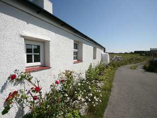 2 bedroom Cottage for rent in Cemaes Bay