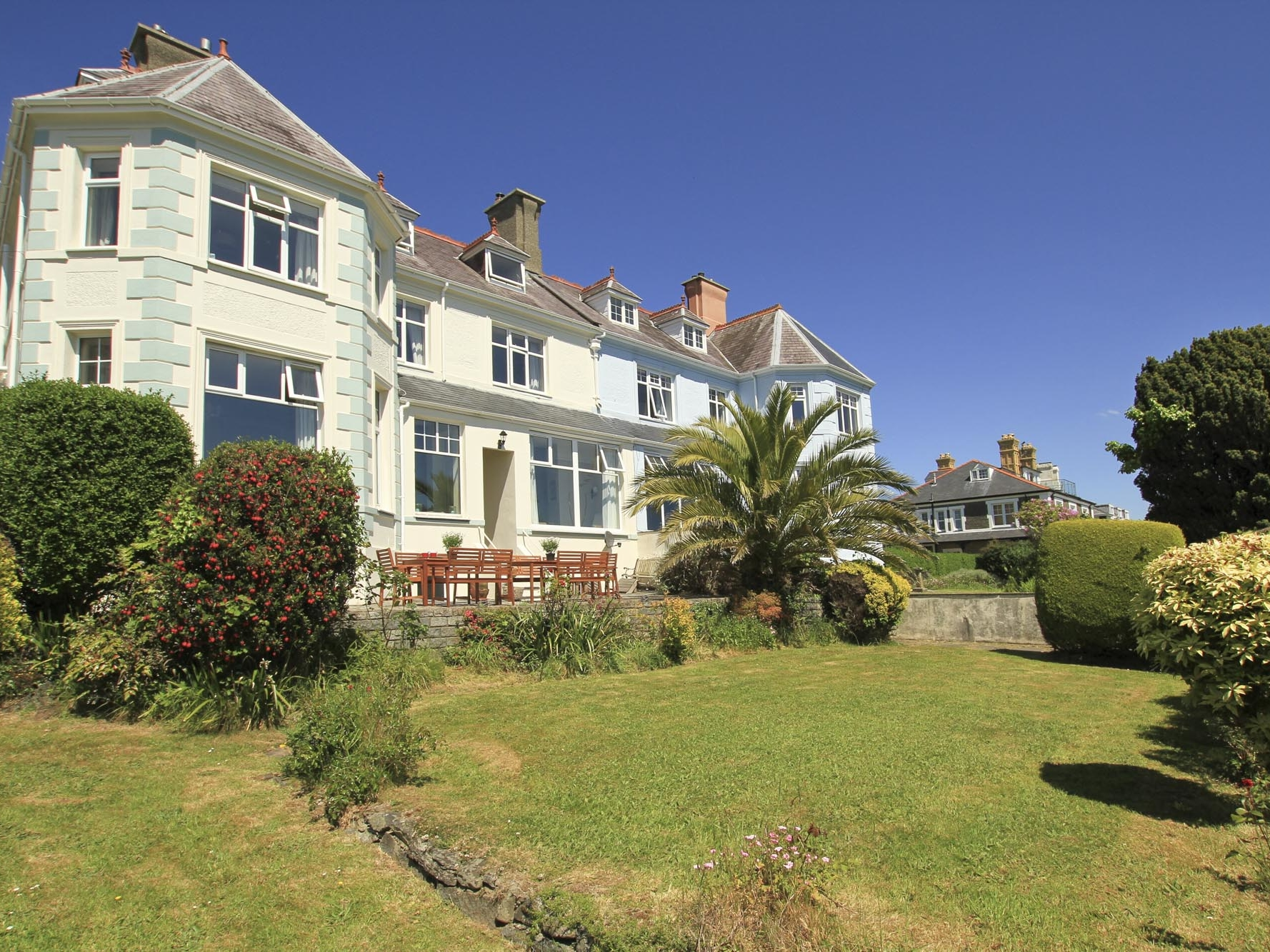 5 bedroom Cottage for rent in Criccieth