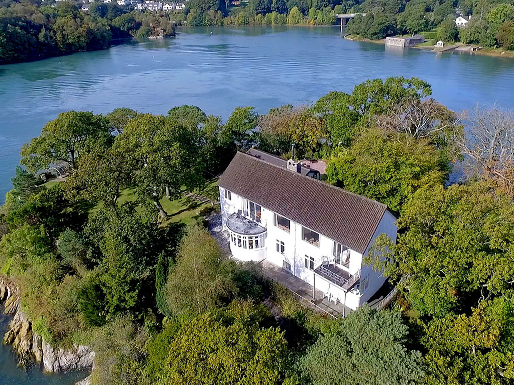 7 bedroom Cottage for rent in Menai Bridge