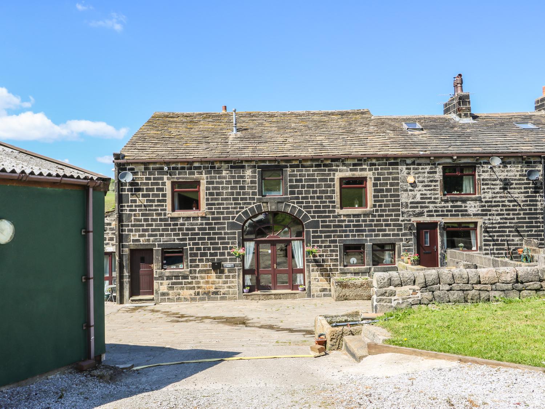 4 bedroom Cottage for rent in Todmorden