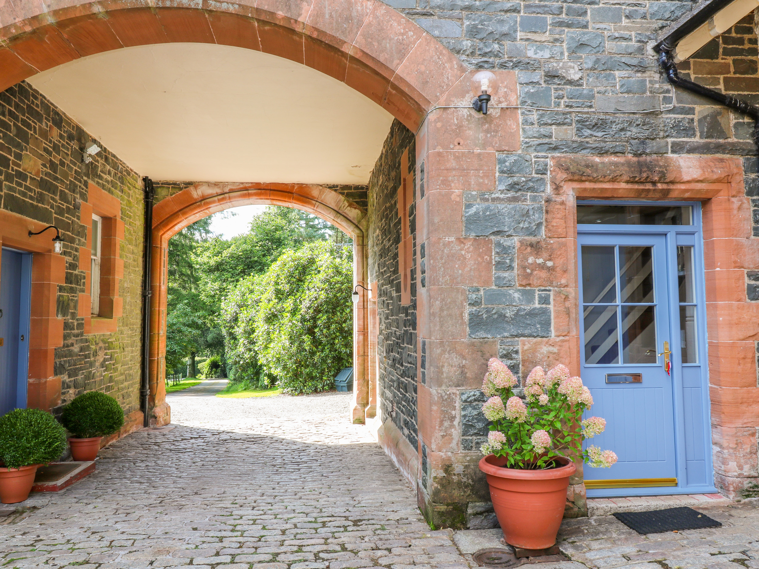 2 bedroom Cottage for rent in New Abbey
