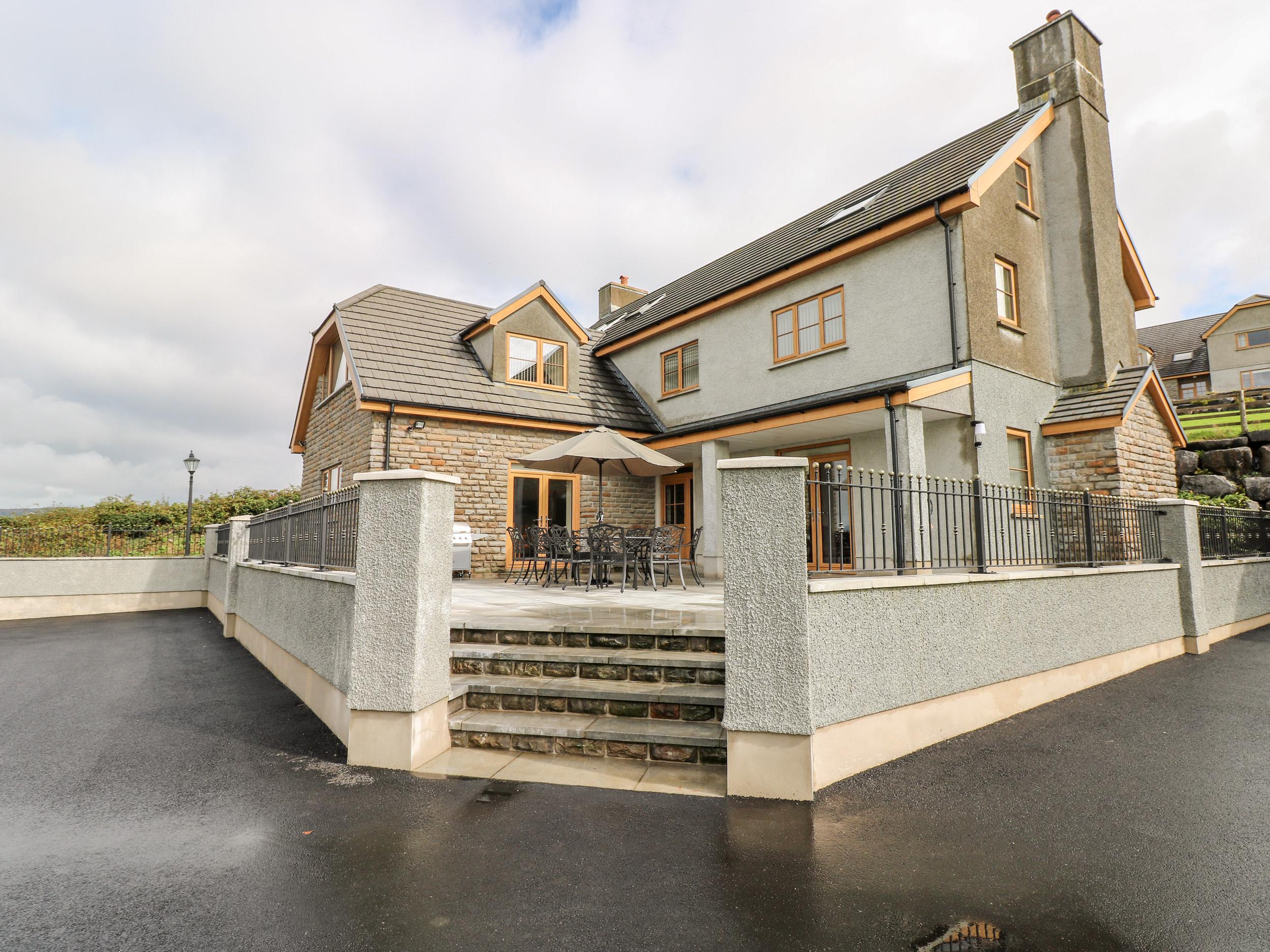 5 bedroom Cottage for rent in Ammanford