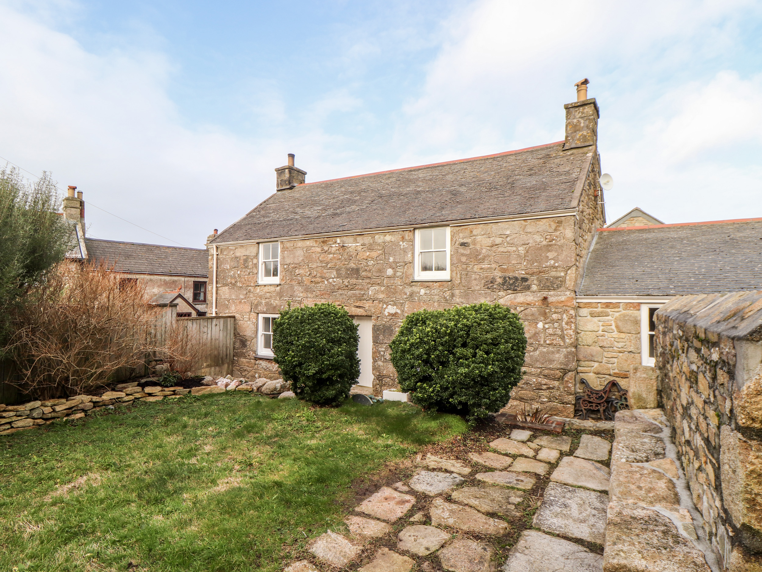 3 bedroom Cottage for rent in St Just