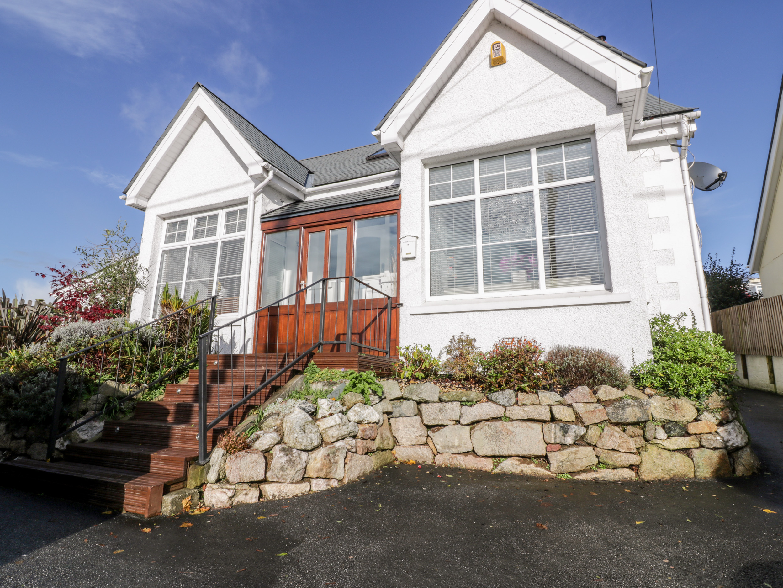 4 bedroom Cottage for rent in St Austell