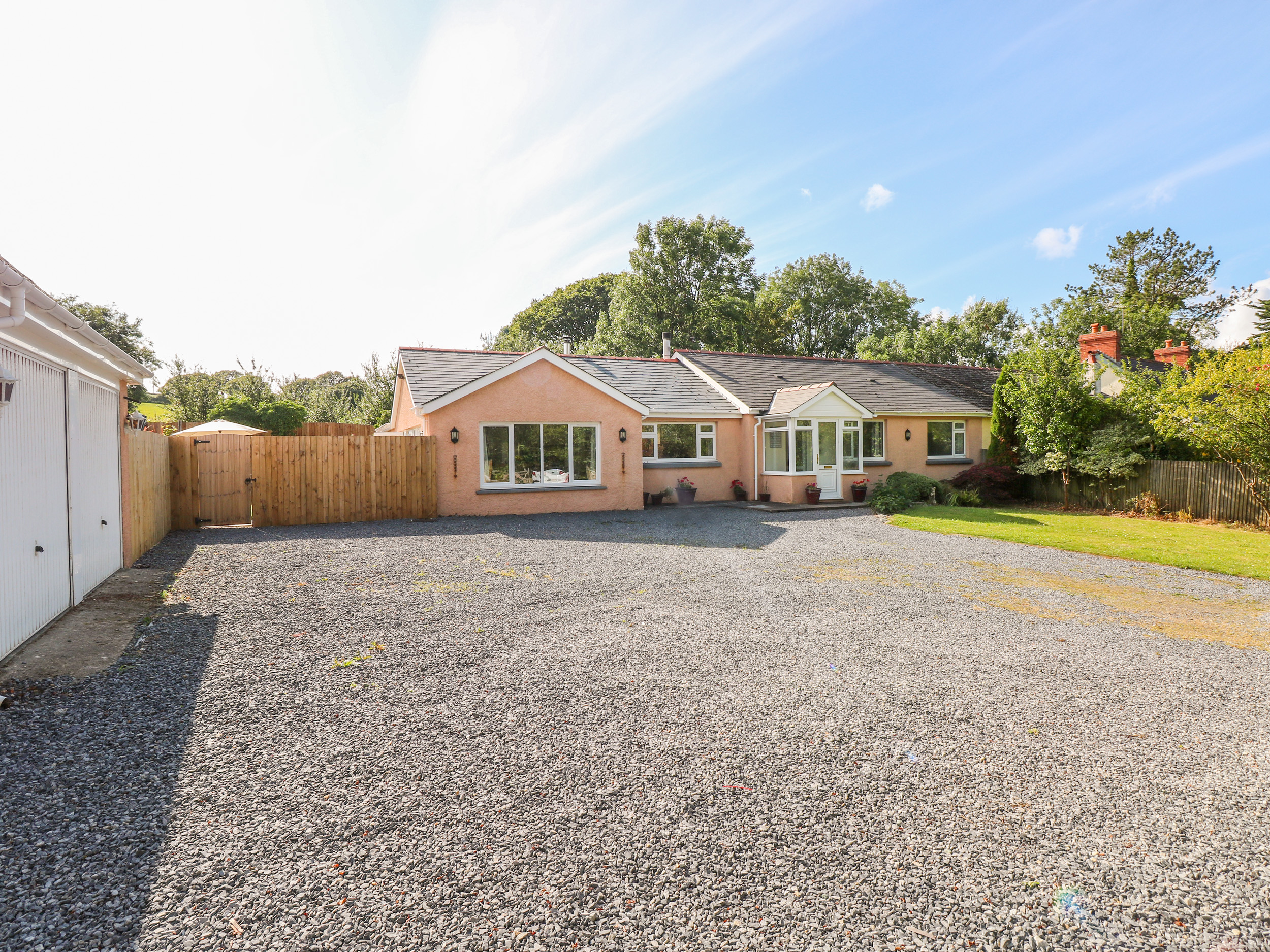 4 bedroom Cottage for rent in Saundersfoot