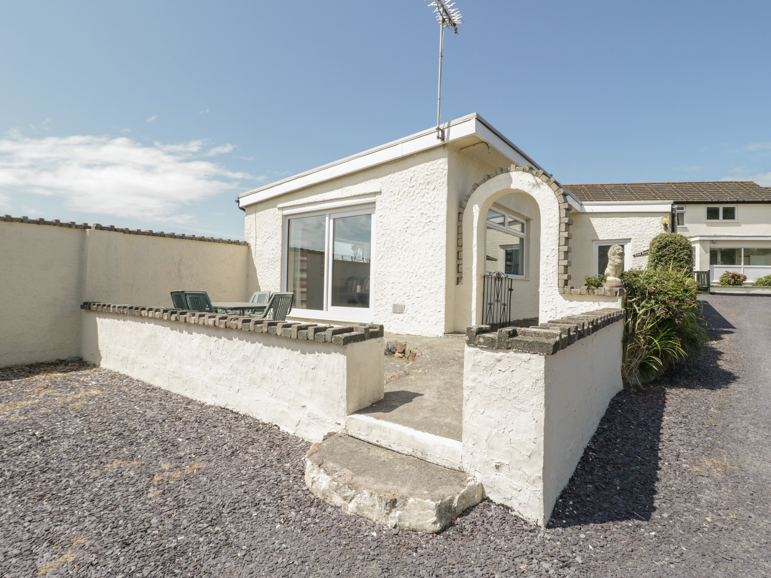 4 bedroom Cottage for rent in Cemaes Bay