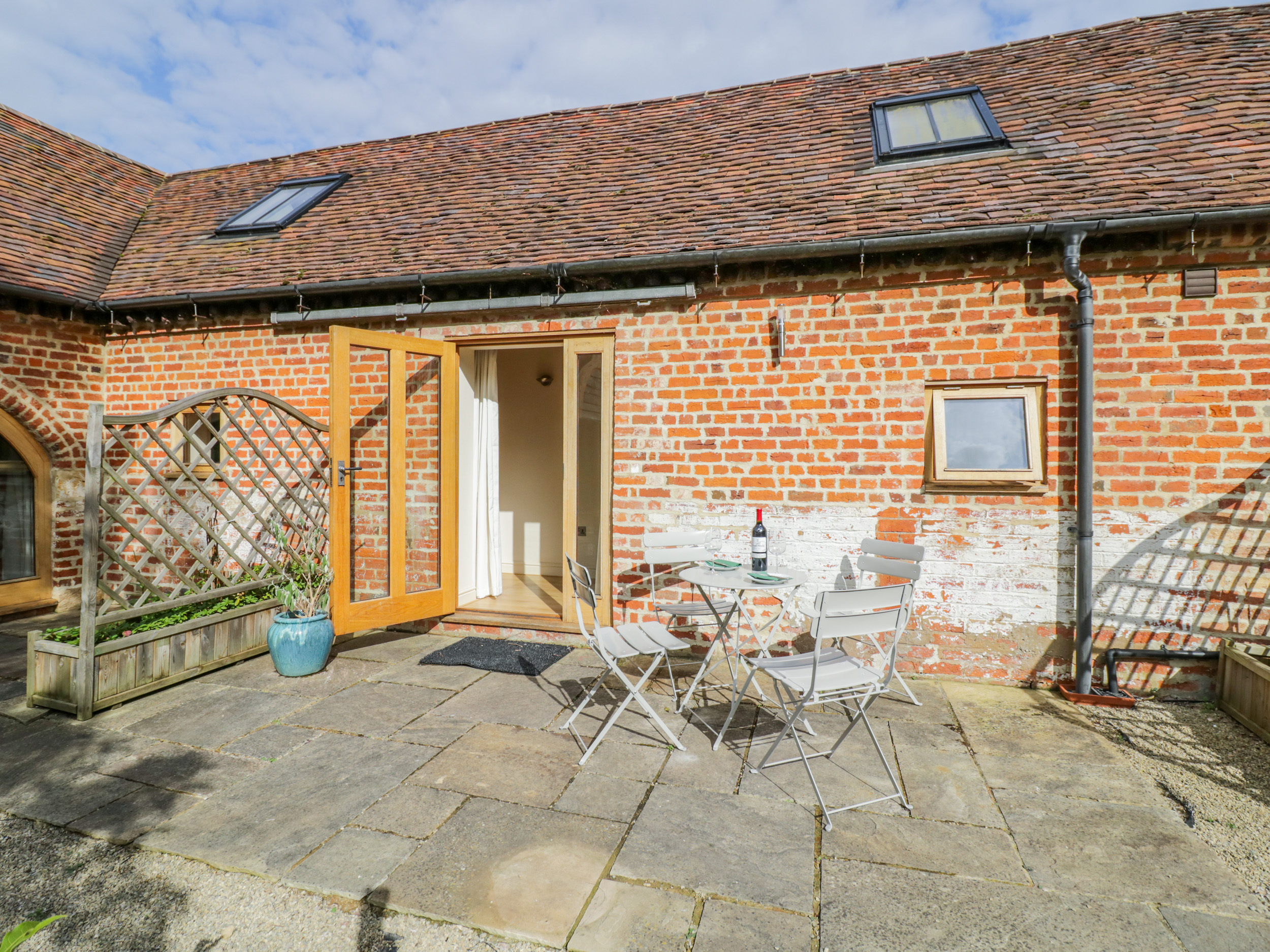 2 bedroom Cottage for rent in Evesham