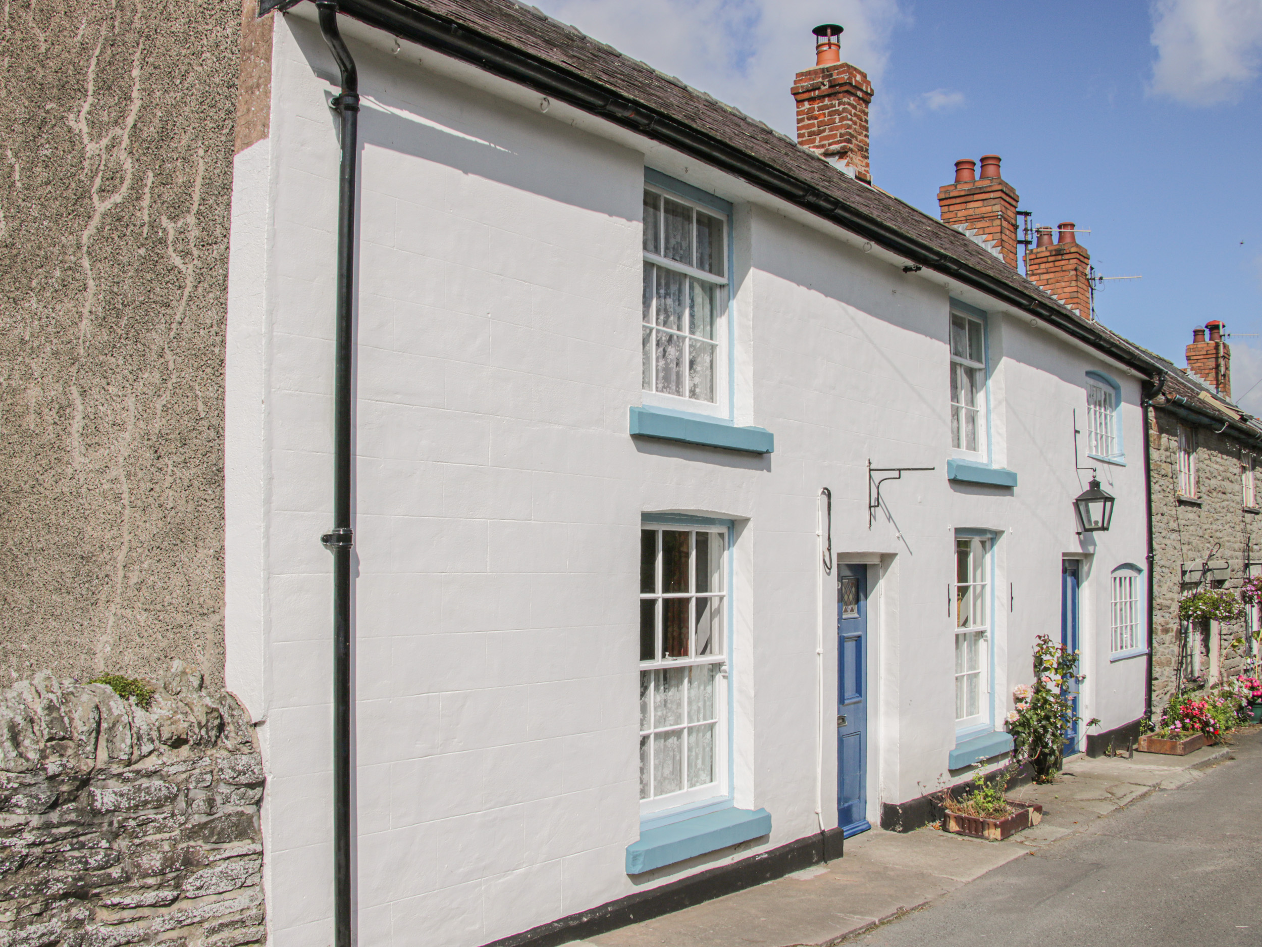 5 bedroom Cottage for rent in Clun